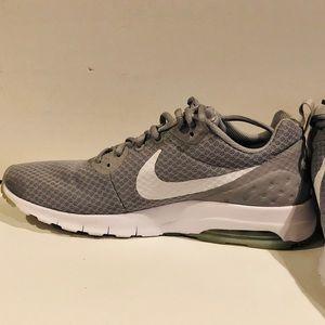 Nike mens Air Max